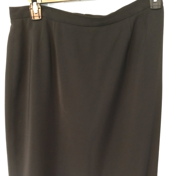 Dresses & Skirts - Black pencil skirt - fully lined